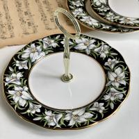 Менажница 21 см Madonna Lily Provincial flowers ROYAL ALBERT 1975