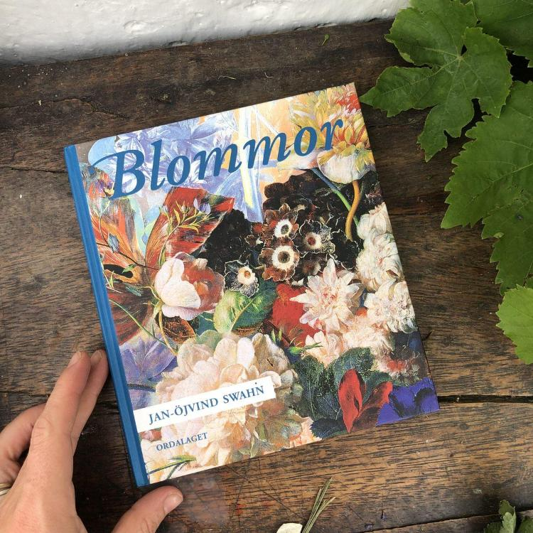 Книга Blommor Jan-Ojvind Swahn