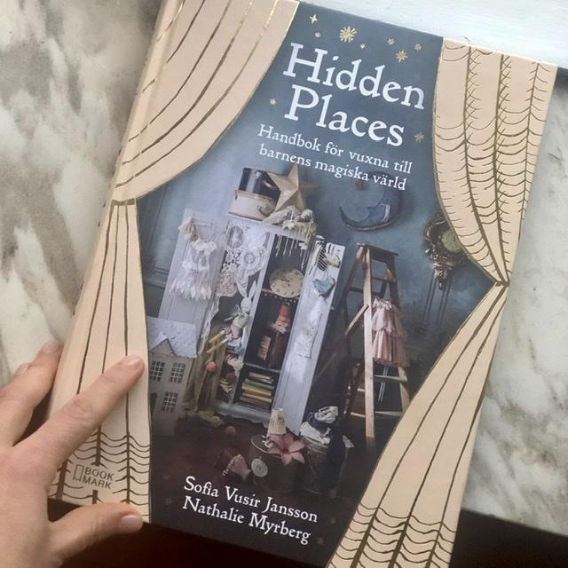 Книга hidden places на шведском